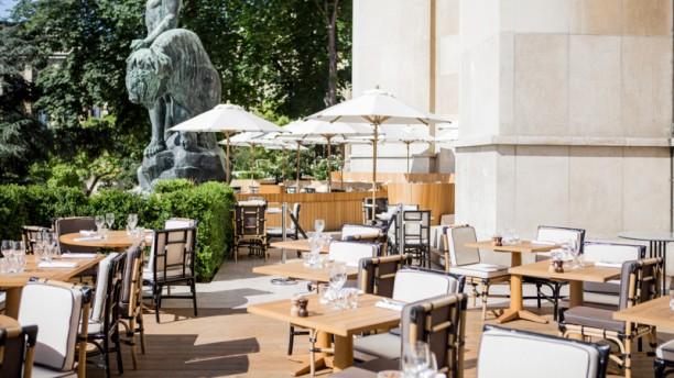 le-cafe-de-l-homme-terrasse-3a353